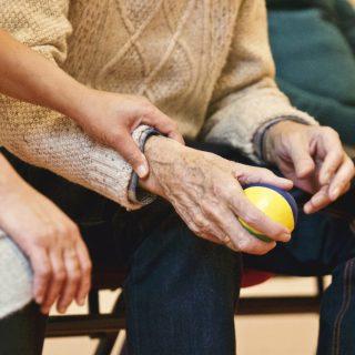 Hasta ve Yaşlı Refakatçisi Kursu